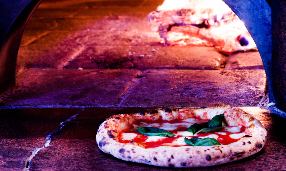 History of Pizza: Where, When & Who Invented Pizza