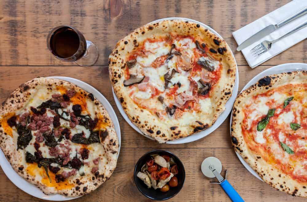 1-3. Neapolitan Crust