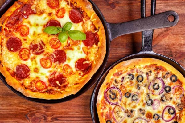 Pizza Pan With Holes Vs. No Holes: Which is Better?