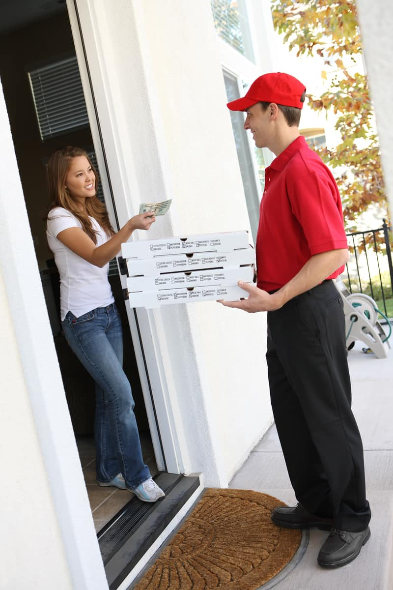Should I tip differently if I ordered from a delivery app