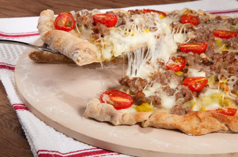 23 DIY Pizza Stone Ideas - How to Make a Pizza Stone