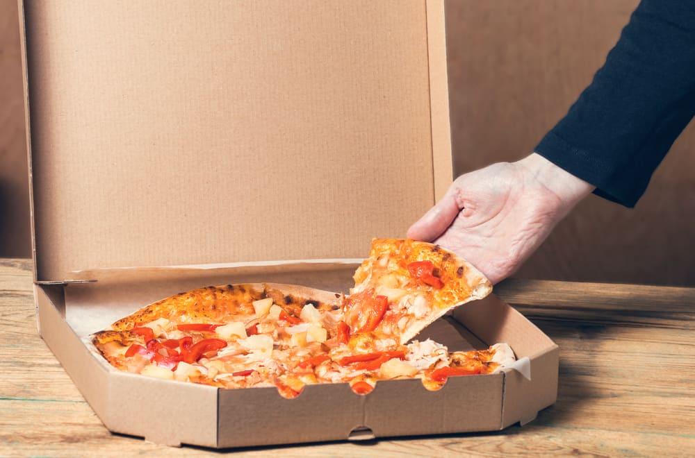 6 Ways to Keep Pizza Warm