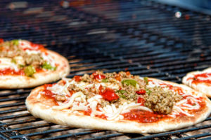 9 Steps to Cook Pizza On the Grill Without A Stone
