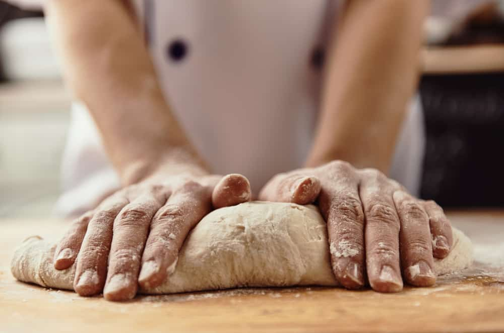 Get the best pizza crust with careful measuring