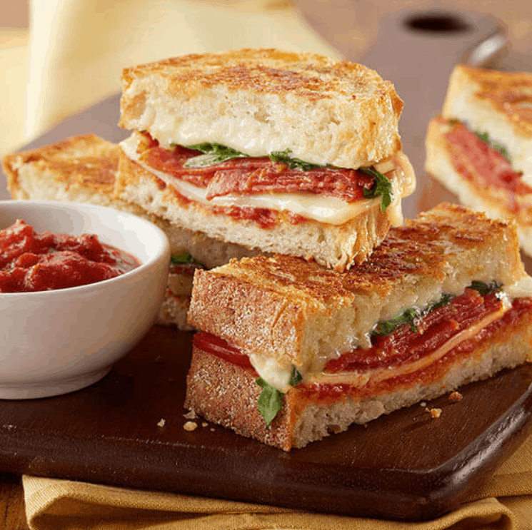 Land 'O Lakes Grilled Cheese Pizza