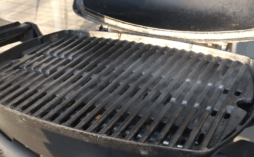 Oil the grill