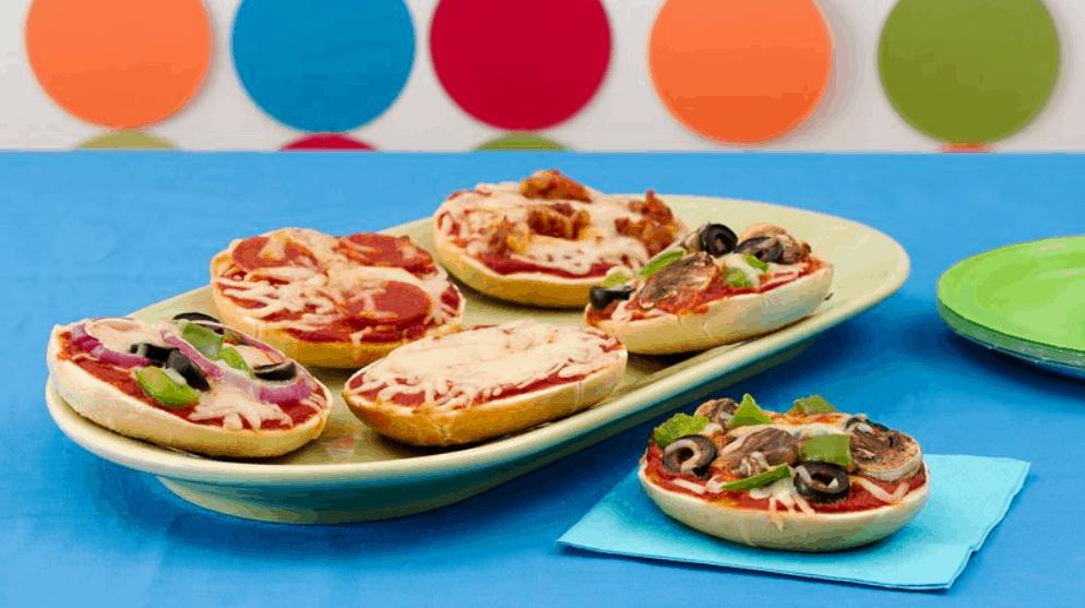 Pizza Bagels Recipe – Betty Crocker