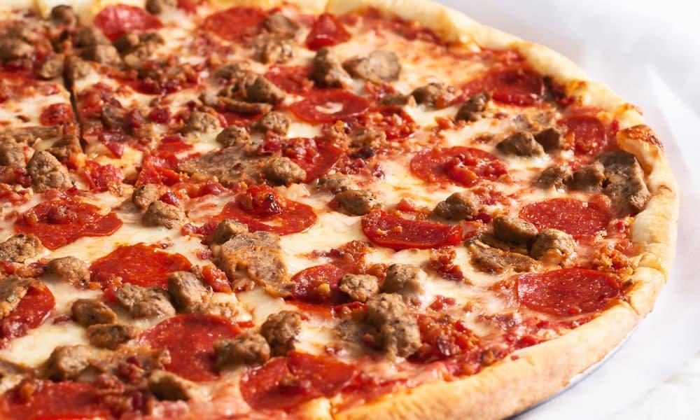 Pizza Hut's Meat Pizza