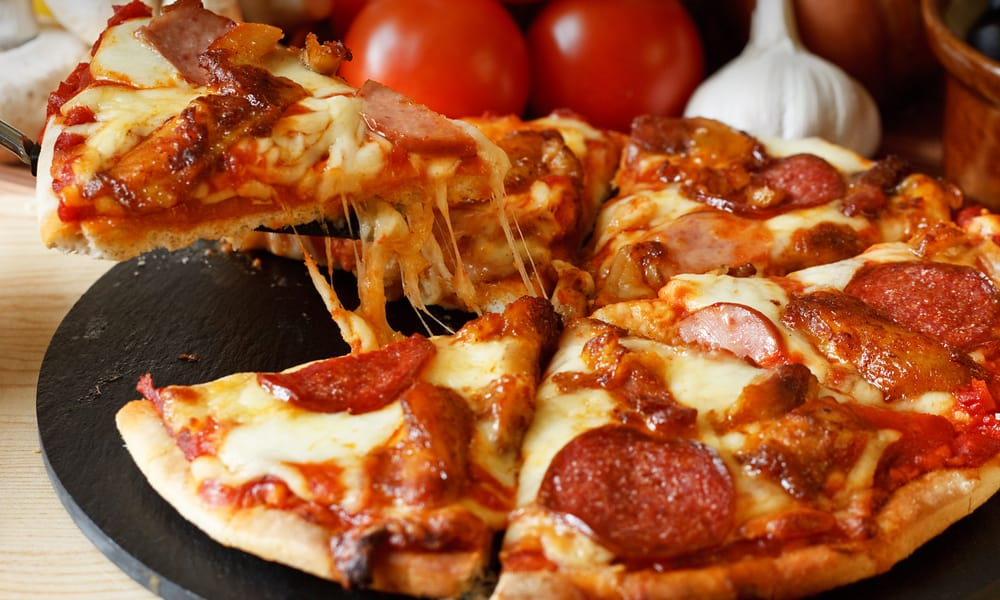 Some tips for making your own old world pepperoni pizza