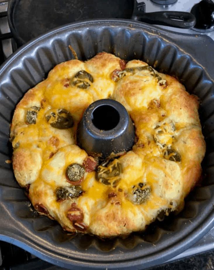 The Best Keto Pull-Apart Pizza Bread Recipe
