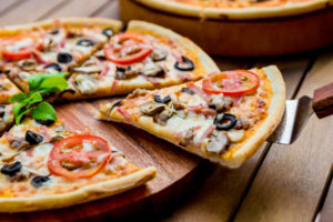 Thin Crust Pizza Calories & Nutrition Facts (Chart)