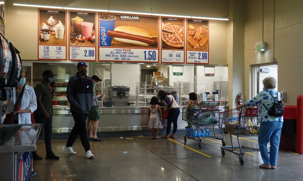 Tips and Hacks on How to Order Pizza at Costco