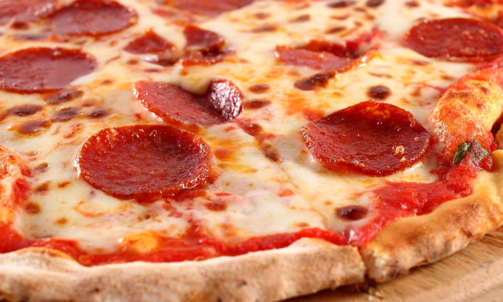 What makes old world pepperoni curl