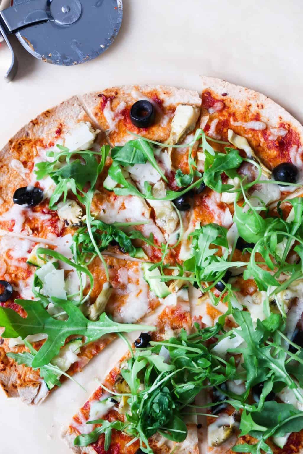 10-Minute Vegetarian Tortilla Pizza – Homemade Mastery