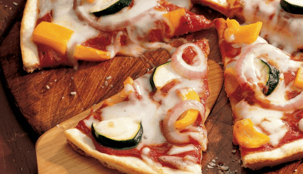 Betty's Easy Cheese Pizza