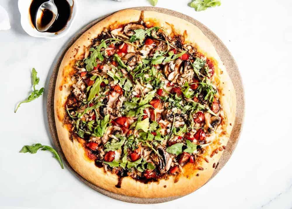 Easy Healthy Pizza (20 minutes!) – I Heart Naptime