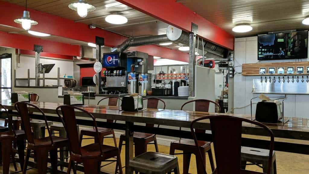 Fahrenheit Pizza & Brewhouse