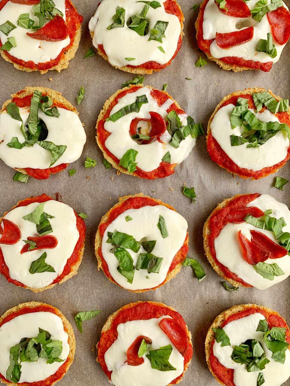 Healthy Homemade Pizza Bagels (Gluten-Free) – RachLmansfield
