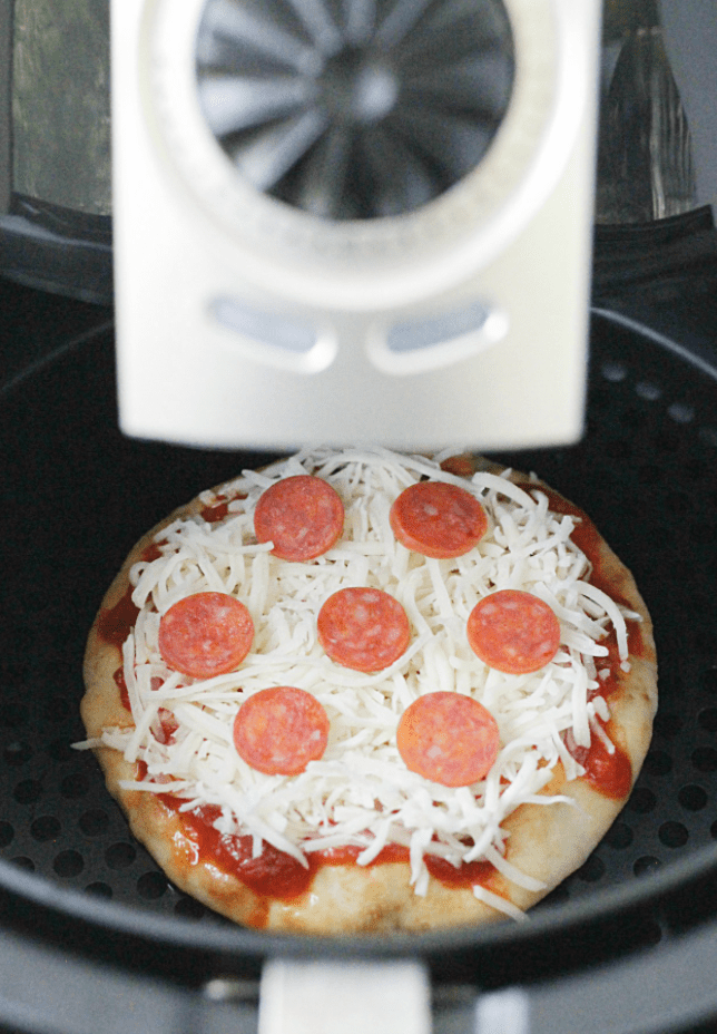 Perfect Personal Pizzas (in an Air Fryer) – Foodtastic Mom