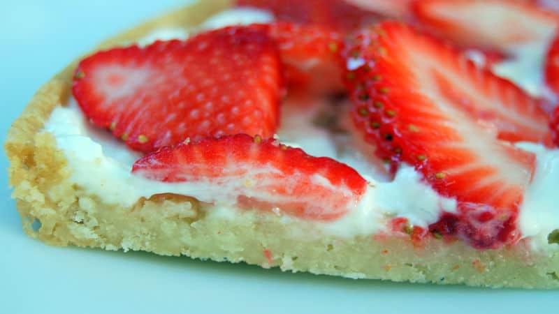 Summer Strawberry Pizza Recipe – Pillsbury.com