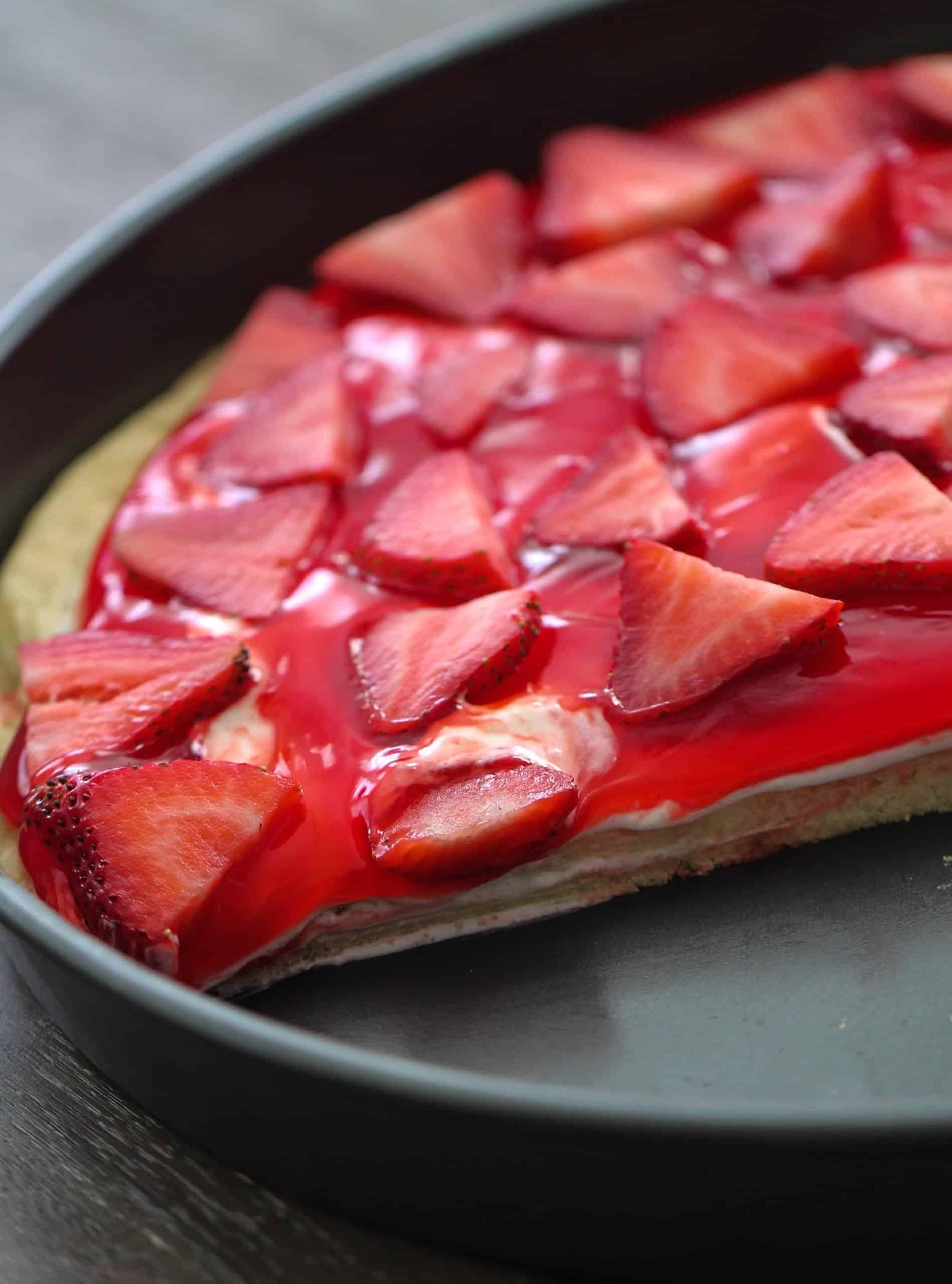 The Best Strawberry Fruit Pizza Recipe Sixsistersstuff.com